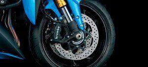 Moto GSX-S1000F Freios